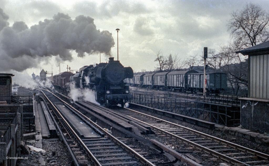 https://krolopfoto.de/railpix/dsoHifo/19800408.jpg