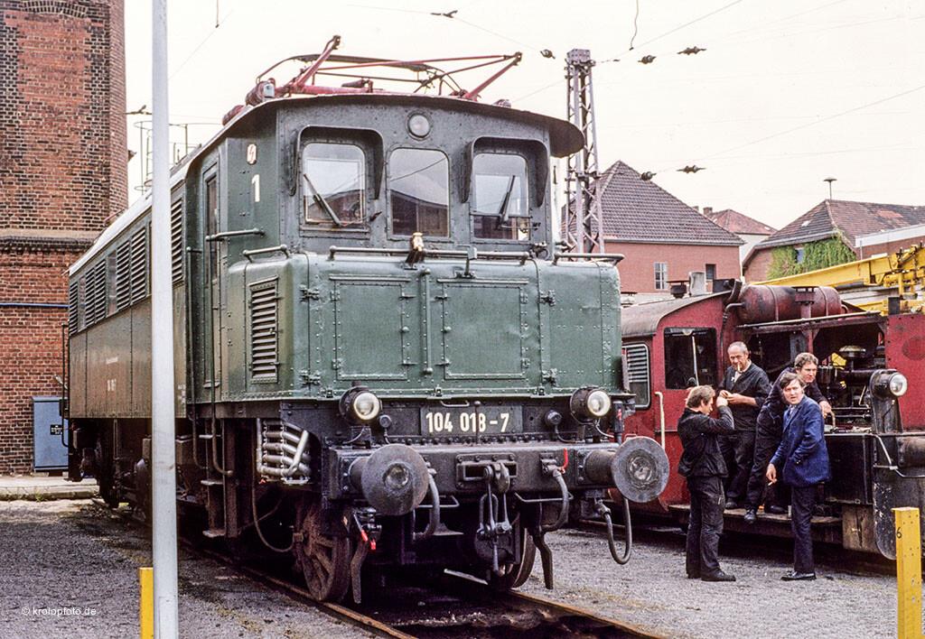 https://krolopfoto.de/railpix/images/db.1981/1981061902.jpg