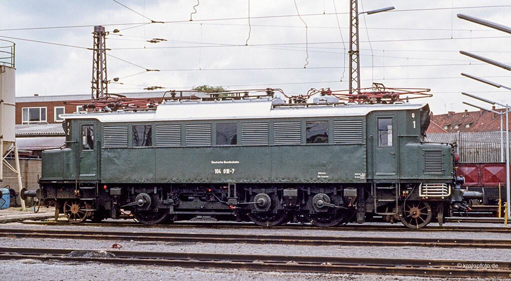 https://krolopfoto.de/railpix/images/db.1981/1981061907.jpg