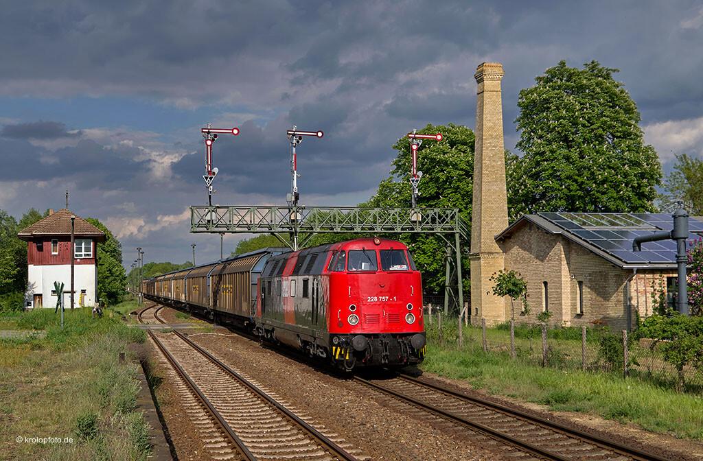 https://krolopfoto.de/railpix/images/dbag.2011/2011051301.jpg